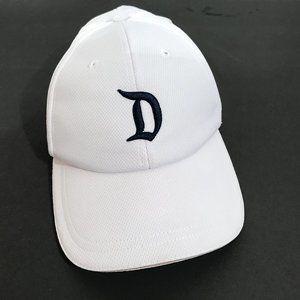 DISNEYLAND White Adjustable D Baseball Cap Hat